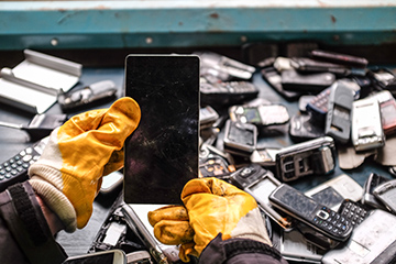 Waste - phone recycling